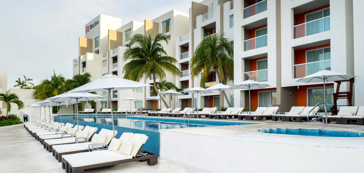 Special Offers:      Real Inn Cancun  in Cancun