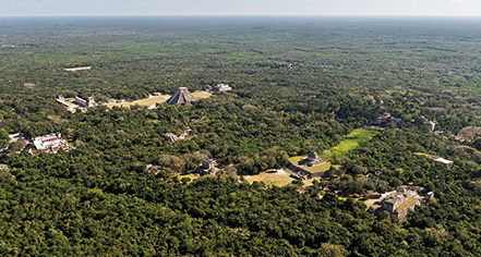 Local Attractions:      Mayaland Hotel & Bungalows  in Chichen Itza