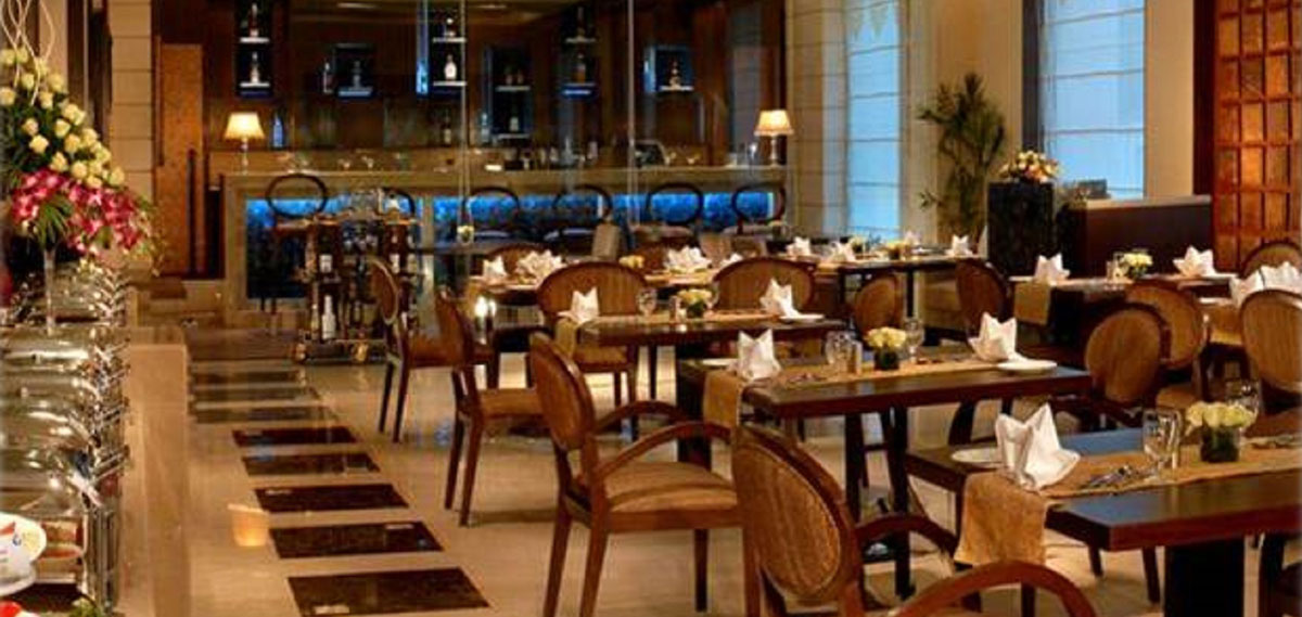 Dining:      Fortune Inn Grazia  in Noida