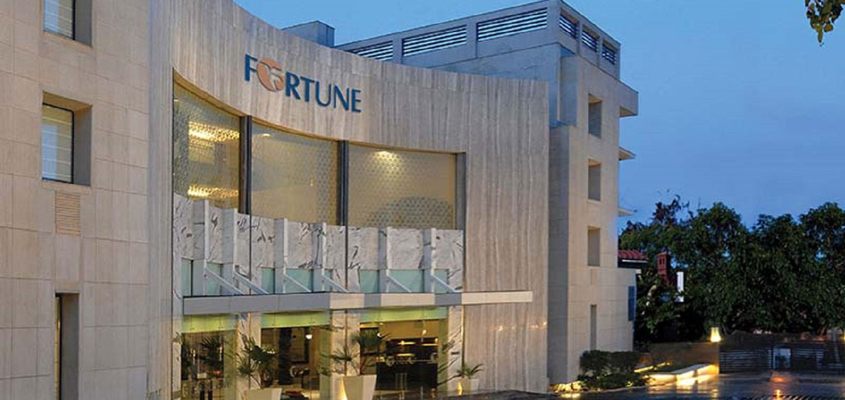Special Offers:      Fortune Inn Grazia  in Noida