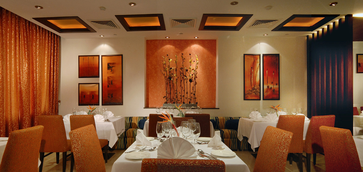 Dining:      Fortune Select Global  in Gurgaon