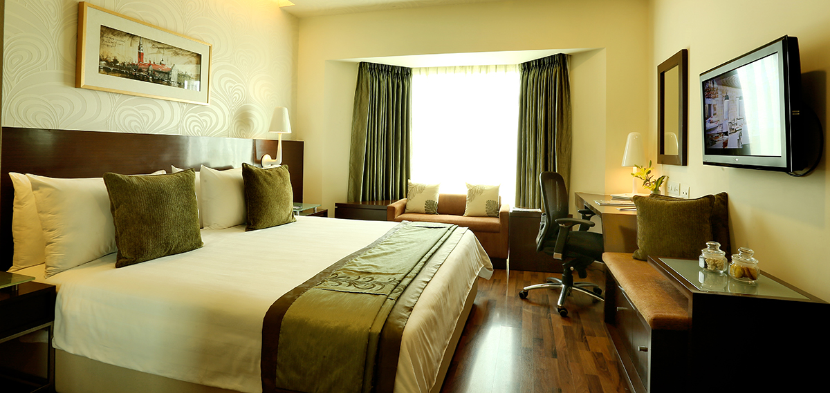Accommodations:      Fortune Select Excalibur  in Gurgaon
