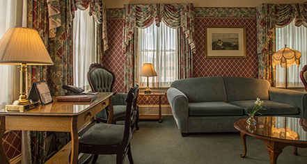 Accommodations:      Hotel Boulderado  in Boulder