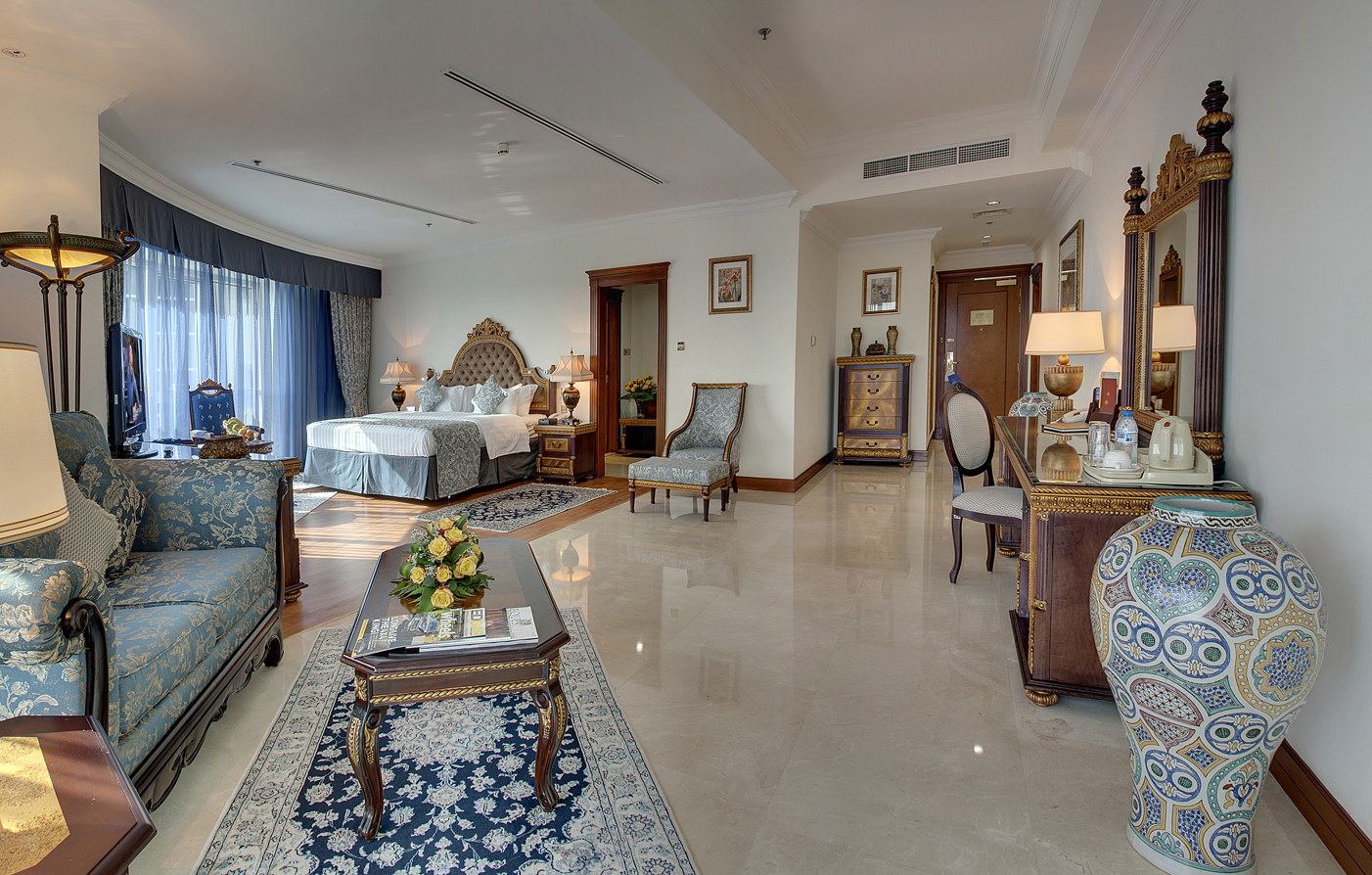Customer Reviews:      Grand Excelsior Hotel Bur Dubai  in Bur Dubai