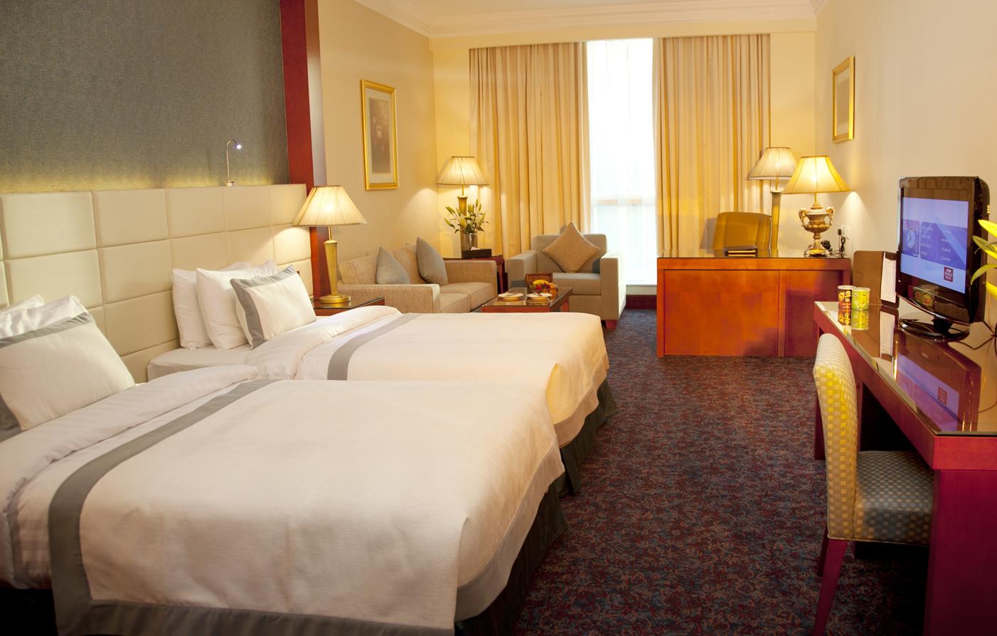 Luxury dubai accommodations grand excelsior hotel al for Deluxe hotel in dubai