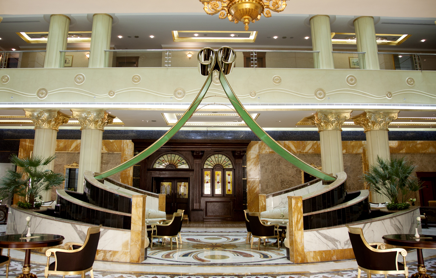 Grand excelsior hotel al barsha dubai luxury hotel in for Dubai finest hotel