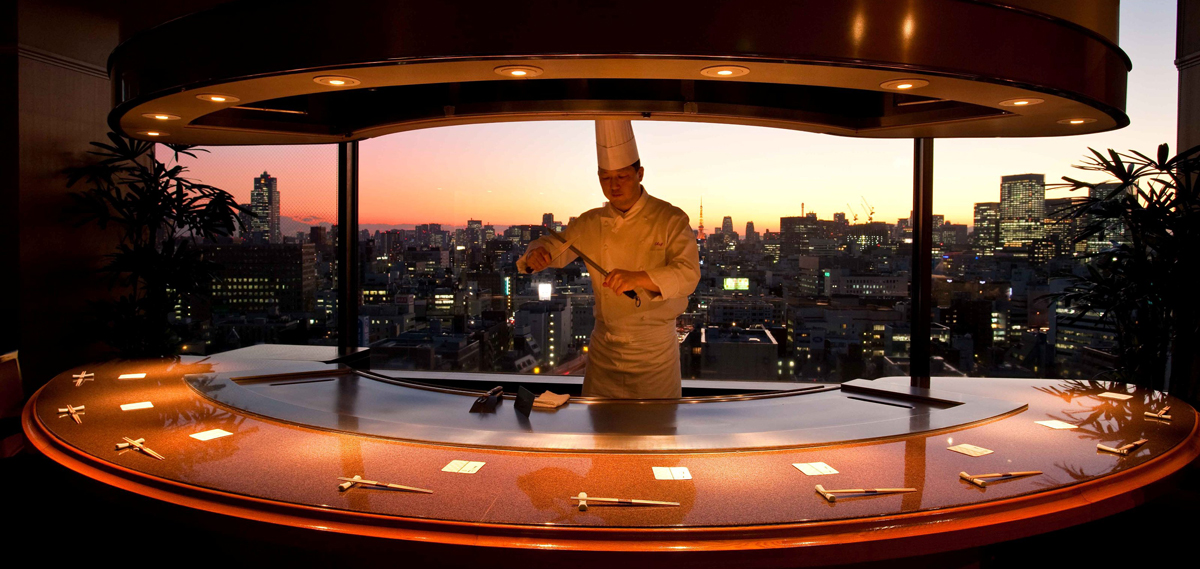 Dining:      Royal Park Hotel  in Tokyo