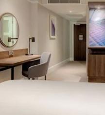 Accommodations:      Hilton Edinburgh Carlton  in Edinburgh