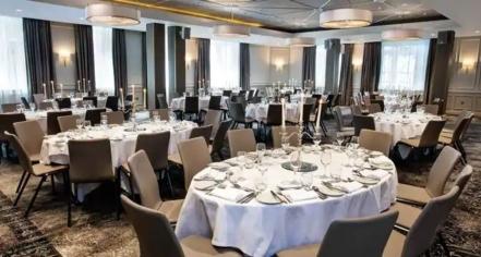 Weddings:      Hilton Edinburgh Carlton  in Edinburgh