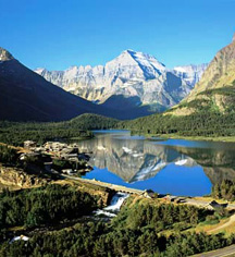 Accommodations:      Many Glacier Hotel  in Babb