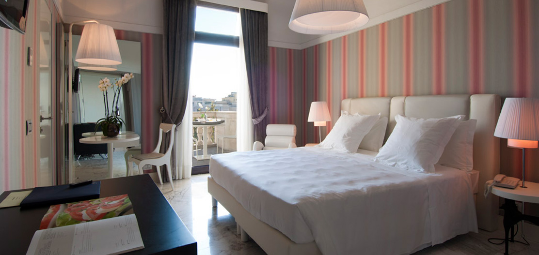 Accommodations:      Grand Hotel Palace  in Rome