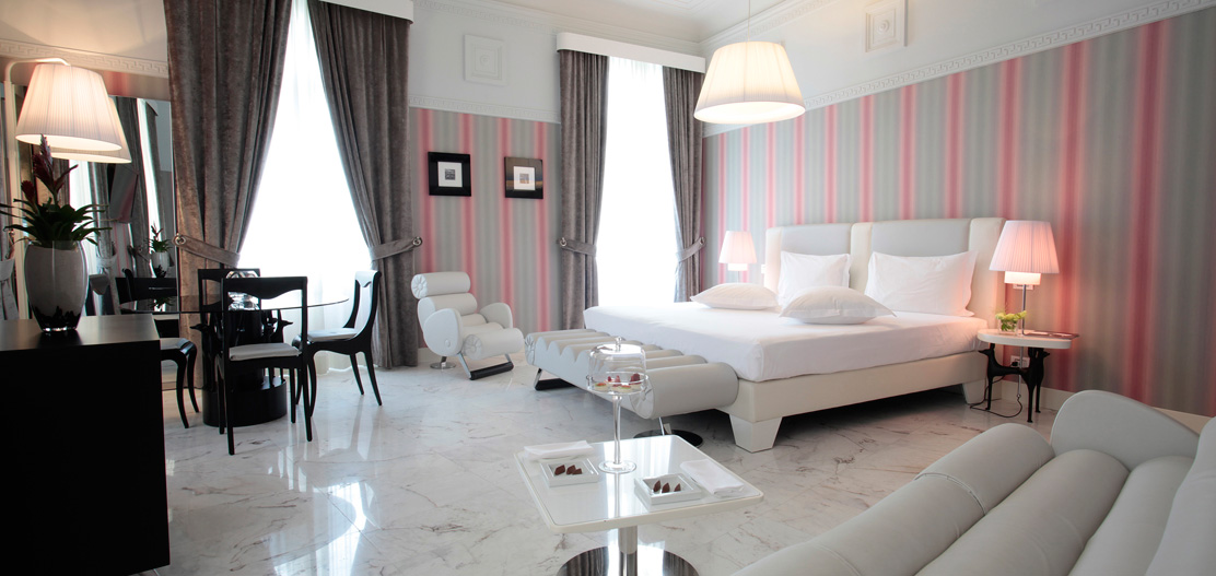 Customer Reviews:      Grand Hotel Palace  in Rome