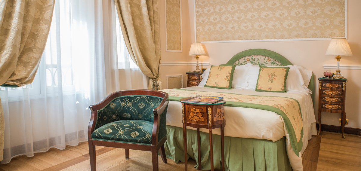 Accommodations:      Bernini Palace Hotel  in Florence