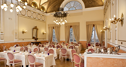Dining at      Bernini Palace Hotel  in Florence