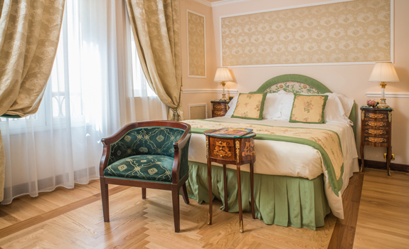 Bernini Palace Hotel  - Accommodations