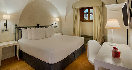 Accommodations:      NH Collection Florence Porta Rossa  in Florence