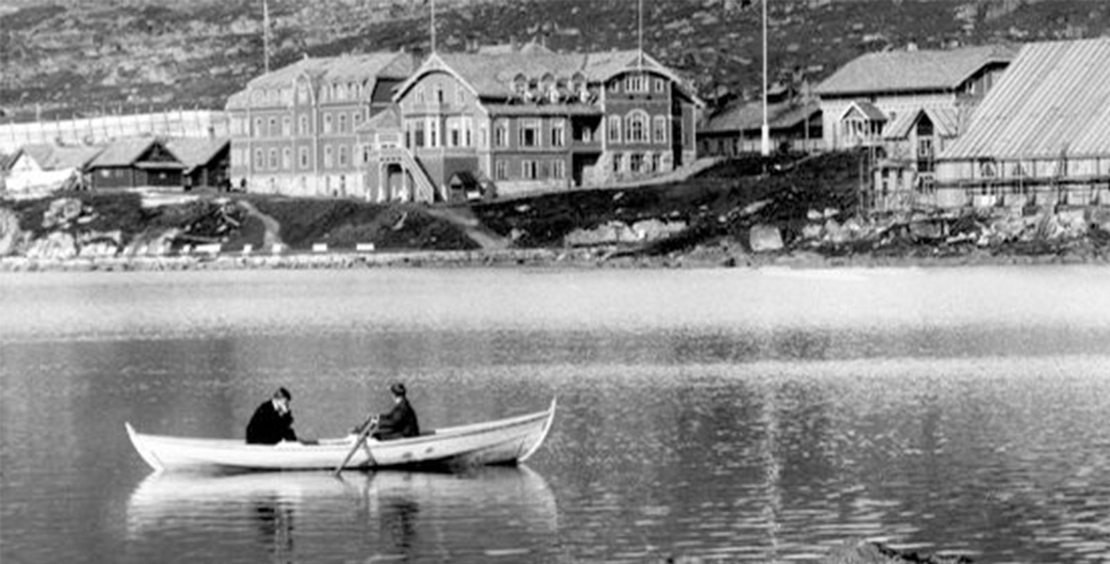 Image of Historic Exterior Hotel Finse 1222, Norway, History