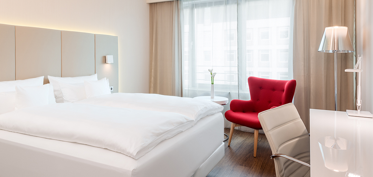 Accommodations:      NH Collection Frankfurt City  in Frankfurt am Main