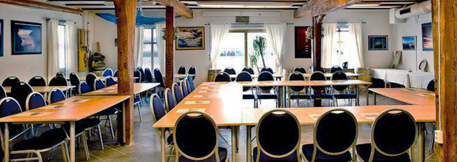 Meetings at      Knutholmen Hotell  in Kalvag