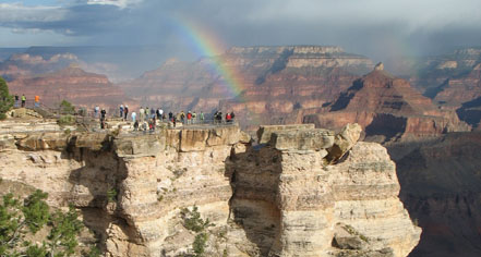 Local Attractions:      El Tovar Hotel  in Grand Canyon