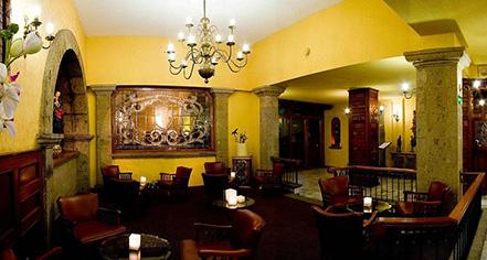 History:      Hotel de Mendoza  in Guadalajara