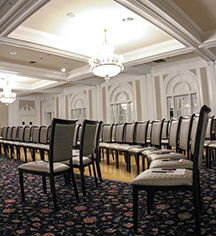 Meetings at      The Queensbury Hotel  in Glens Falls