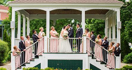 Weddings:      The Queensbury Hotel  in Glens Falls