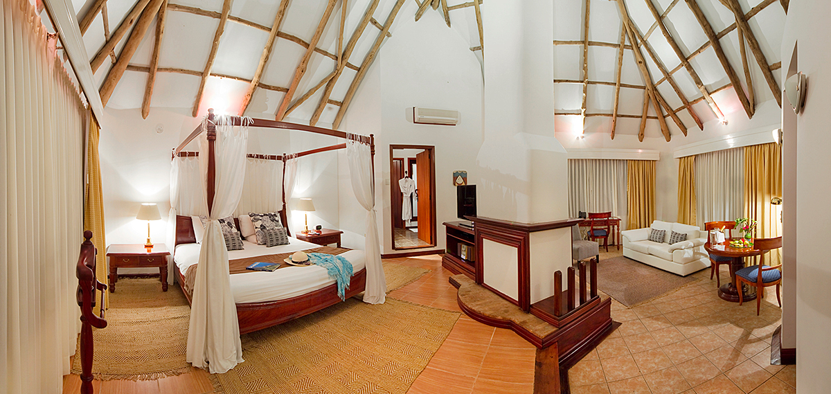 Accommodations:      Royal Palm Hotel Galapagos  in Santa Cruz