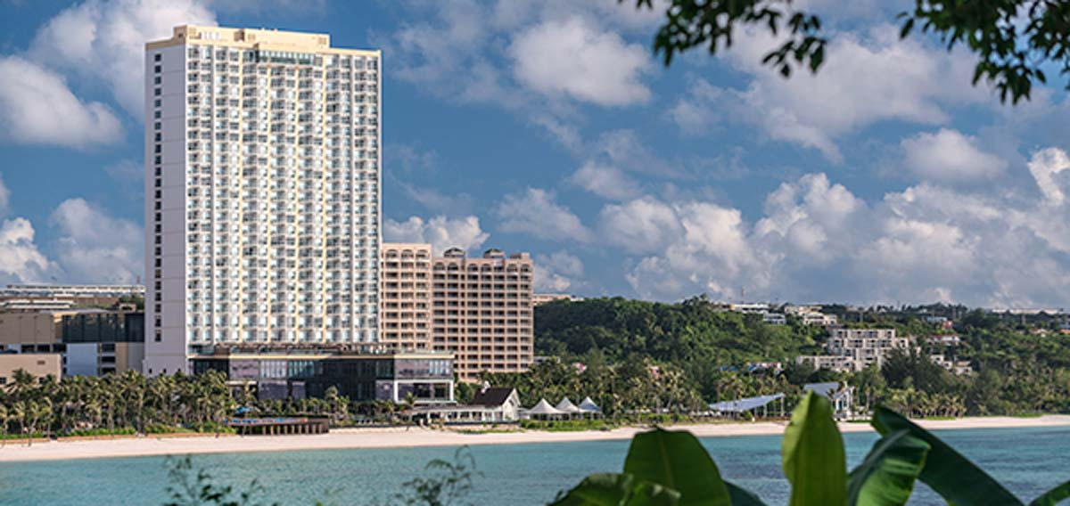 Special Offers:      Dusit Thani Guam Resort  in Tumon Bay