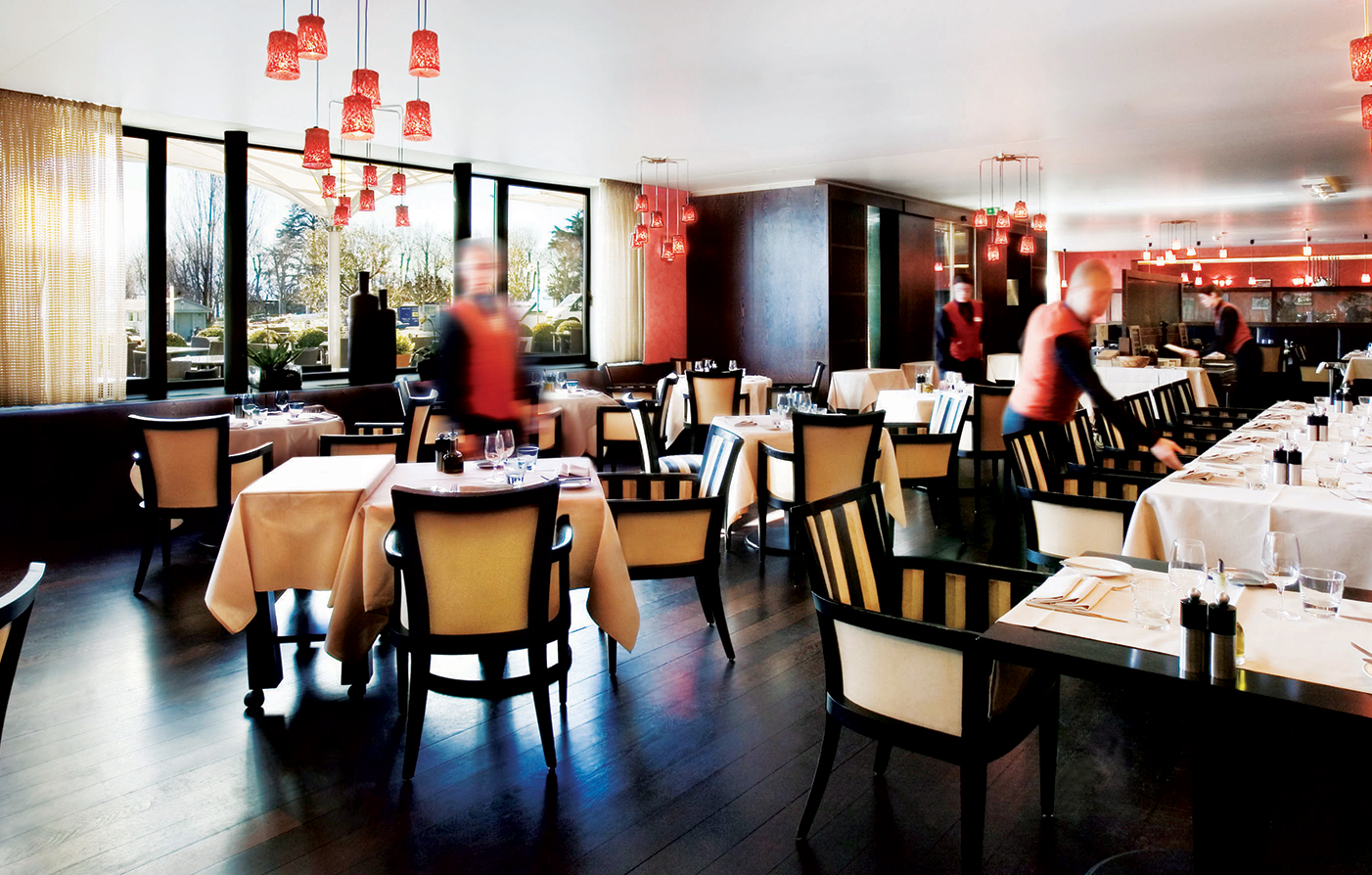 Dining:      Hotel Angleterre and Residence  in Lausanne-Ouchy