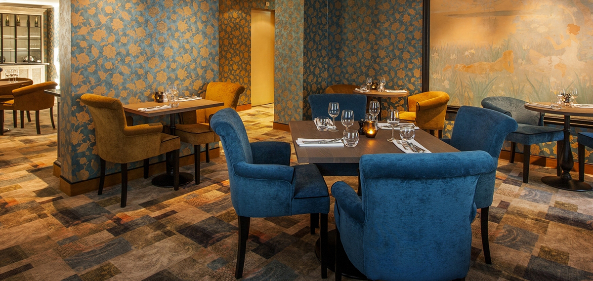 Dining:      Carlton Ambassador  in The Hague