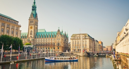Activities:      Reichshof Hamburg, Curio Collection by Hilton  in Hamburg