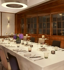 Weddings:      Reichshof Hamburg, Curio Collection by Hilton  in Hamburg
