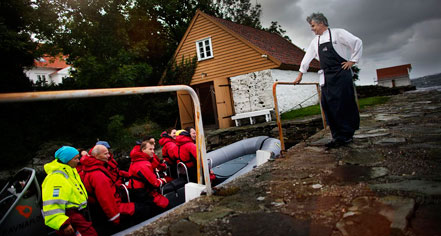 Activities:      Høyevarde Fyrhotell  in Havik