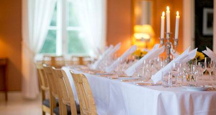Dining at      Høyevarde Fyrhotell  in Havik