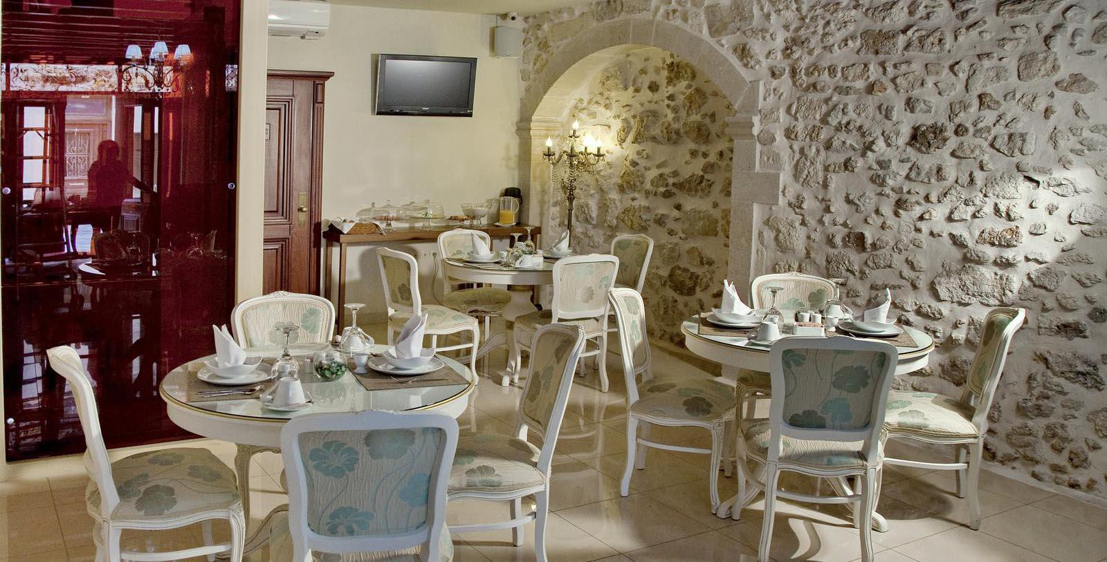 Image of restaurant Antica Dimora Suites, 1820, Member of Historic Hotels Worldwide, in Crete, Greece, Taste