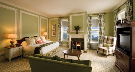 Accommodations:      Omni Mount Washington Resort, Bretton Woods  in Bretton Woods