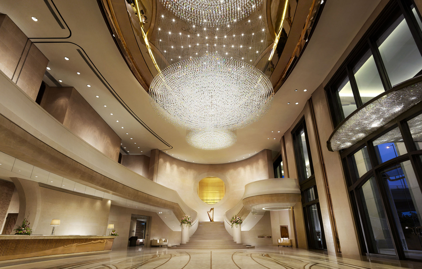 Harbour grand hong kong luxury hong kong hotel for Hotel luxury world