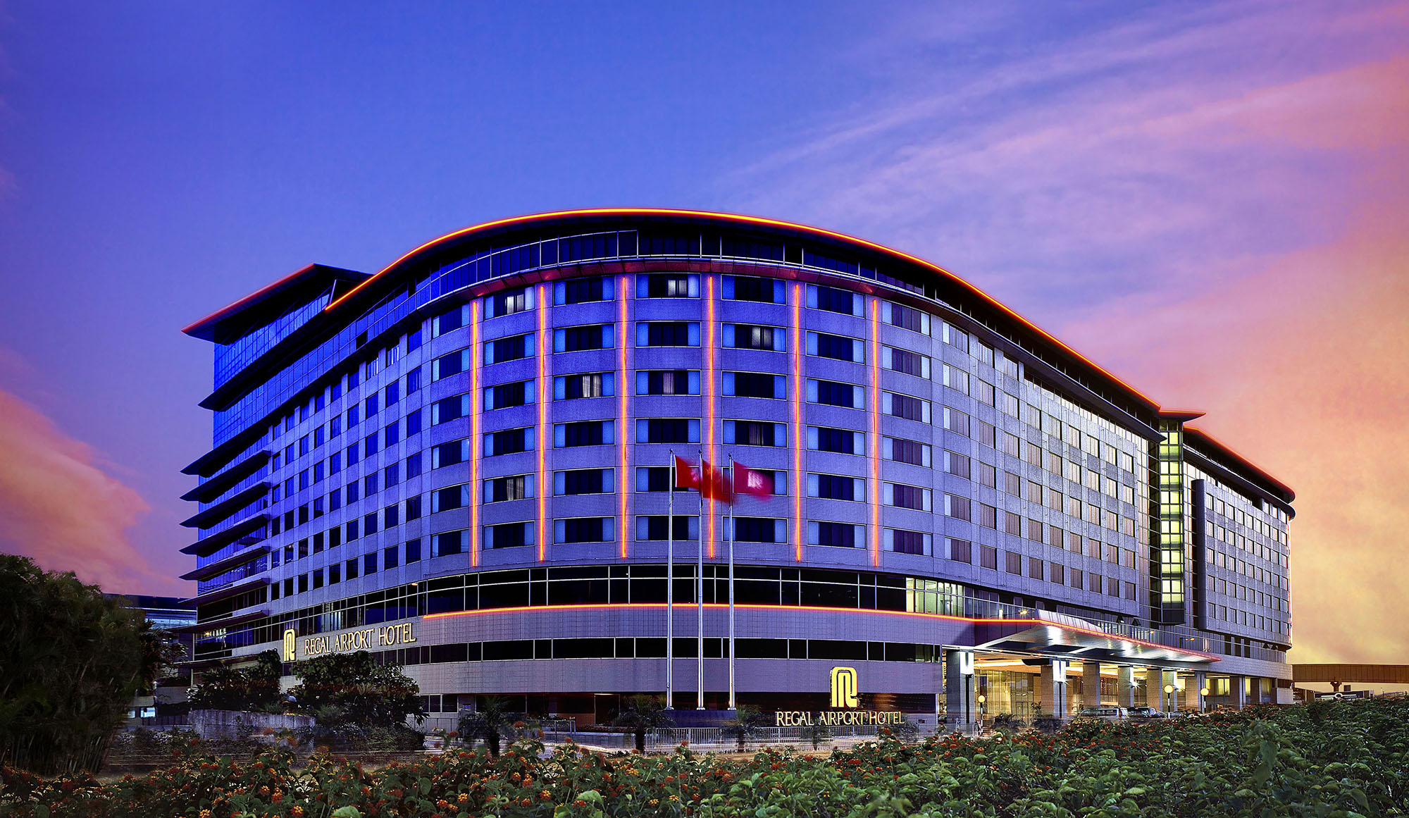 Regal_Airport_Hotel_Exterior