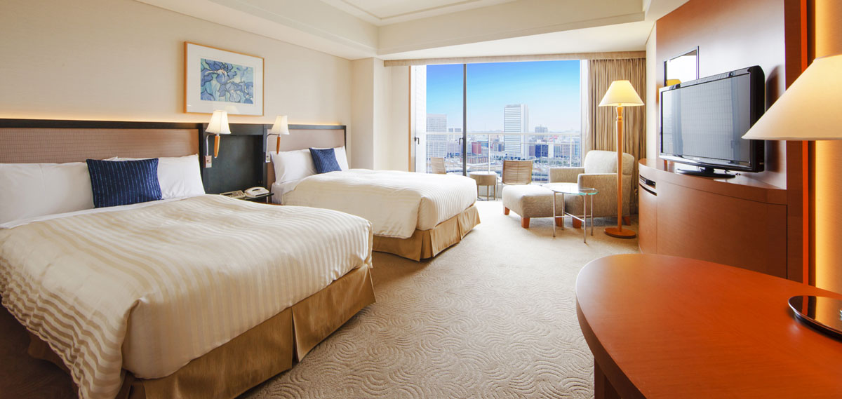 Accommodations:      The Yokohama Bay Hotel Tokyu  in Yokohama