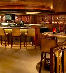 Hotel Bars Restaurants In Honolulu Hawaii Hilton Hawaiian