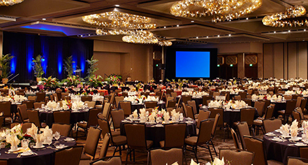 Venues & Services:      Hilton Hawaiian Village® Waikiki Beach Resort  in Honolulu