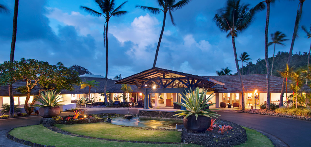 Luxury hotels in maui travaasa hana aaa four diamond for Nicest hotels in maui