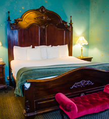 Accommodations:      1886 Crescent Hotel & Spa  in Eureka Springs