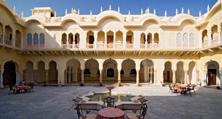 Weddings:      Alsisar Mahal  in Jhunjhunu