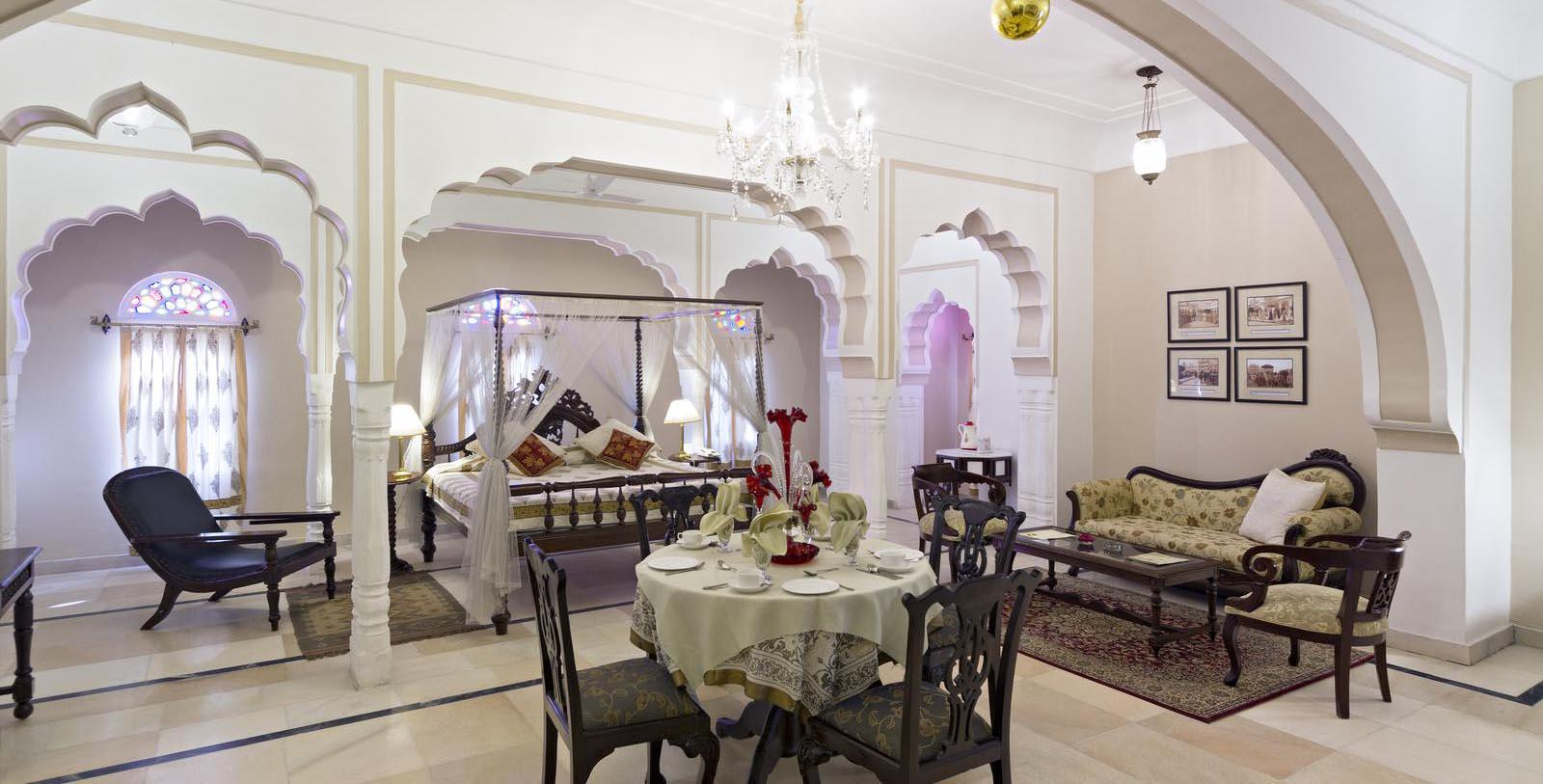 Accommodations:      Alsisar Mahal  in Jhunjhunu