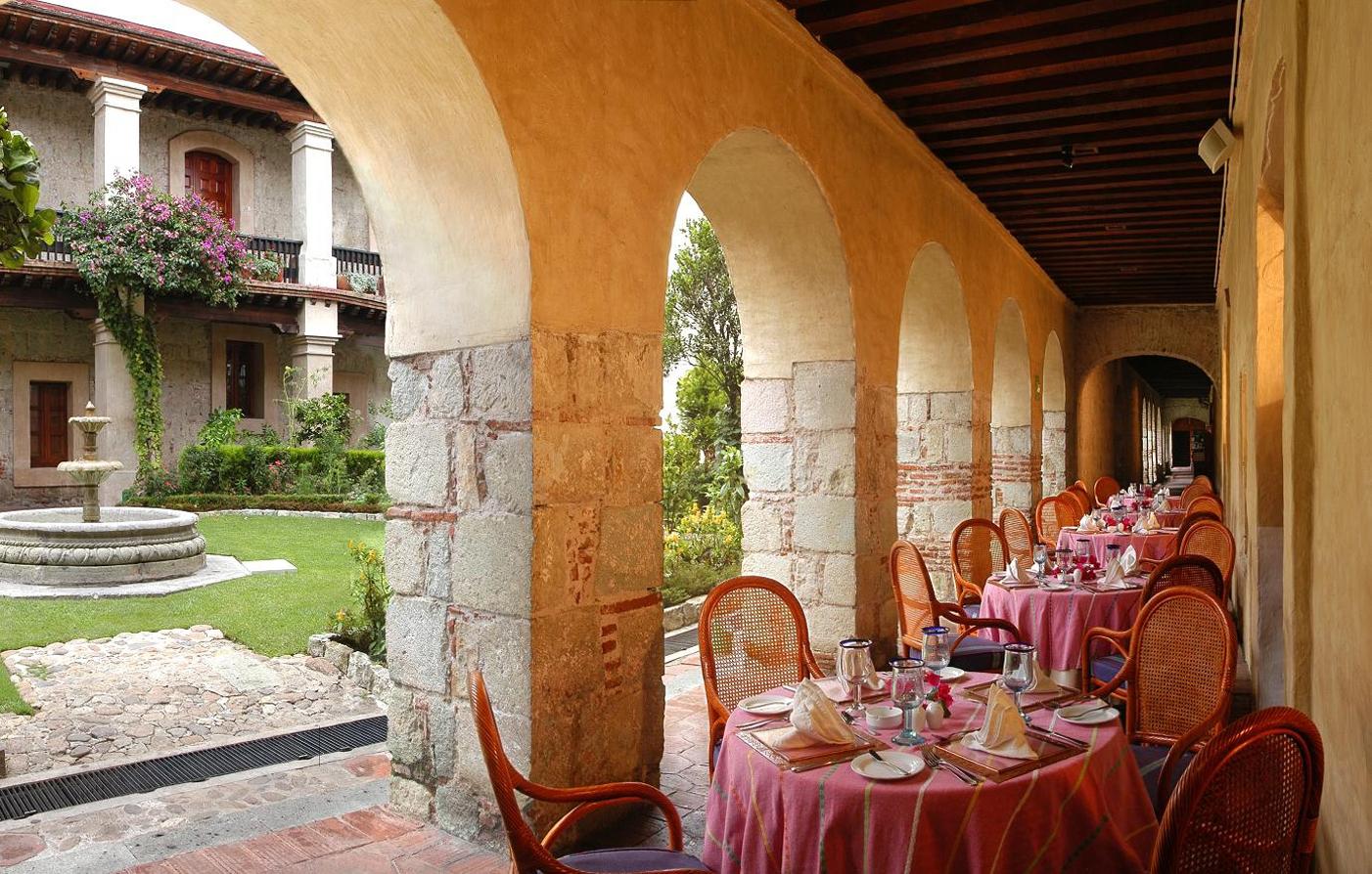 Hotel offers in oaxaca quinta real oaxaca luxury for Boutique hotel oaxaca