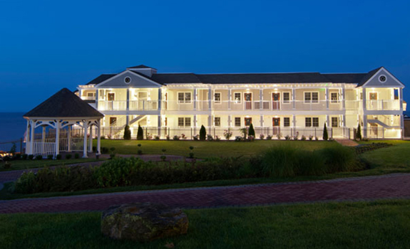 Water's Edge Resort and Spa  - Accommodations