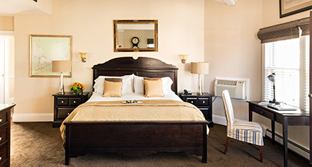 Accommodations:      Crowne Pointe Historic Inn  in Provincetown