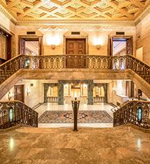 History:      HOTEL DU PONT  in Wilmington